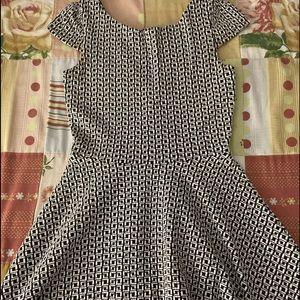 Girl's black and white dress Bongo Size S